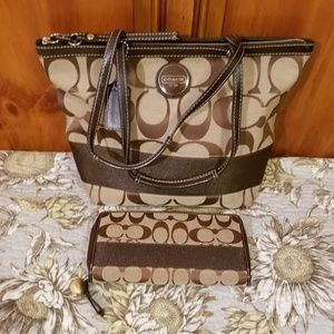 Cute coach tote and matching wallet
